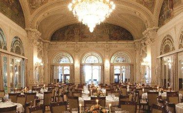 Fairmont Le Montreux bietet Währungsgarantie