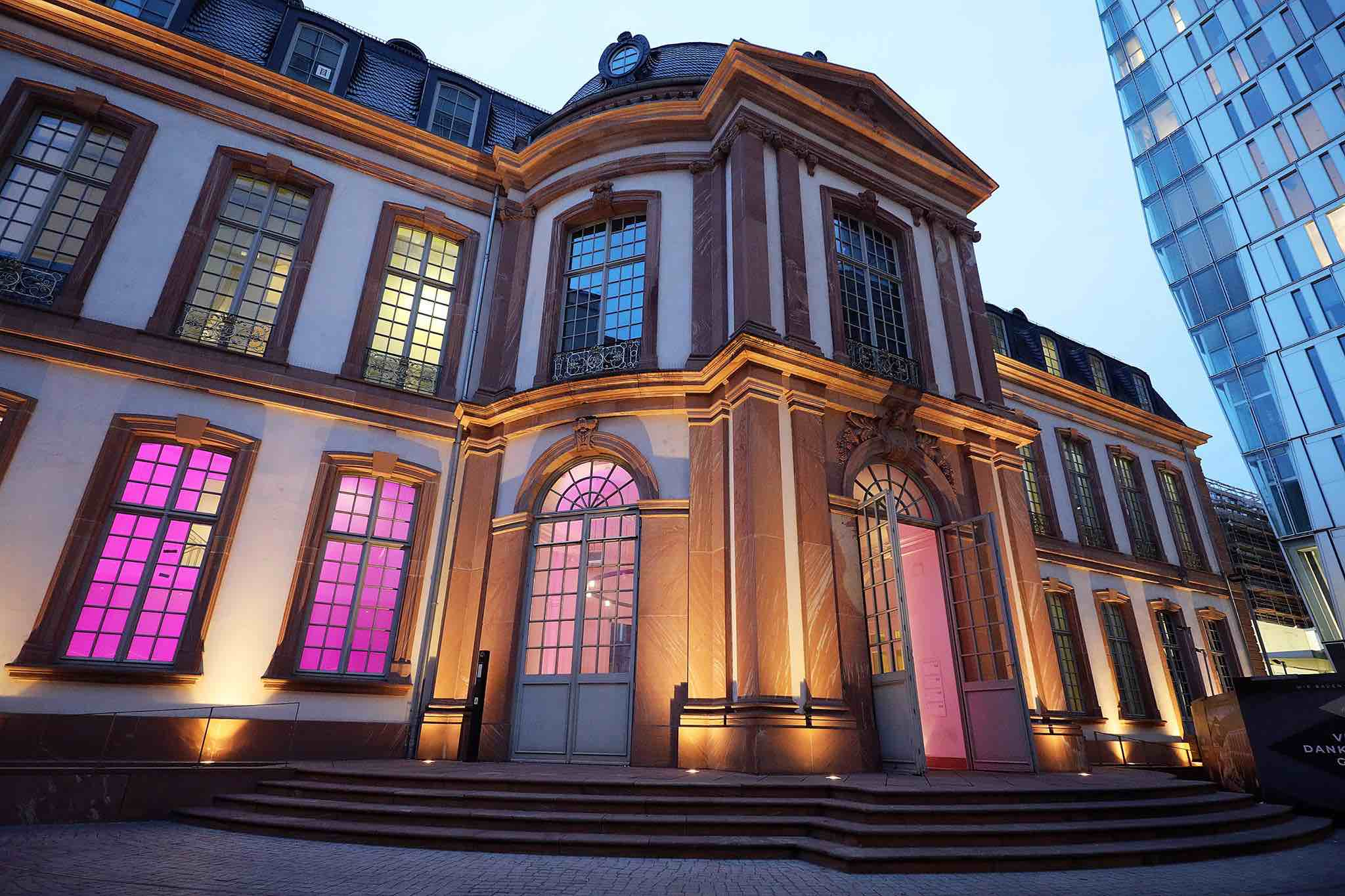 satis&fy neuer Partner des Frankfurter Palais