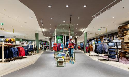 Globetrotter setzt im neuen Flagship-Store auf umdasch