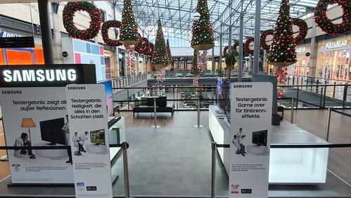 upstairs realisiert kontaktlose Hands-On Promotion für Samsung QLED TV's