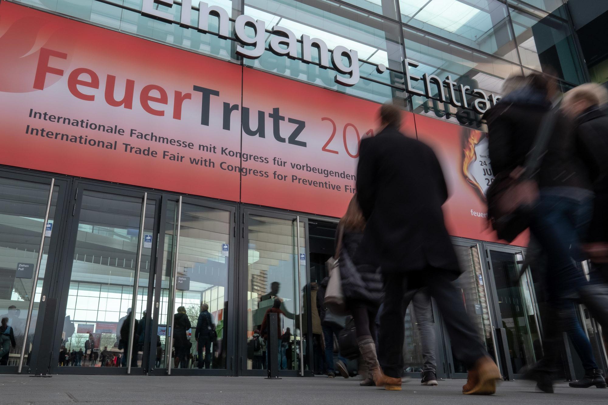 Eingang zur FeuerTrutz (Foto: NuernbergMesse/Thomas Geiger)
