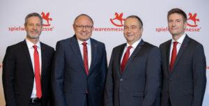 Christian Ulrich, Ernst Kick, Jens Pflüger, Florian Hess (von links, Foto: Spielwarenmesse eG/Alex Schelbert)