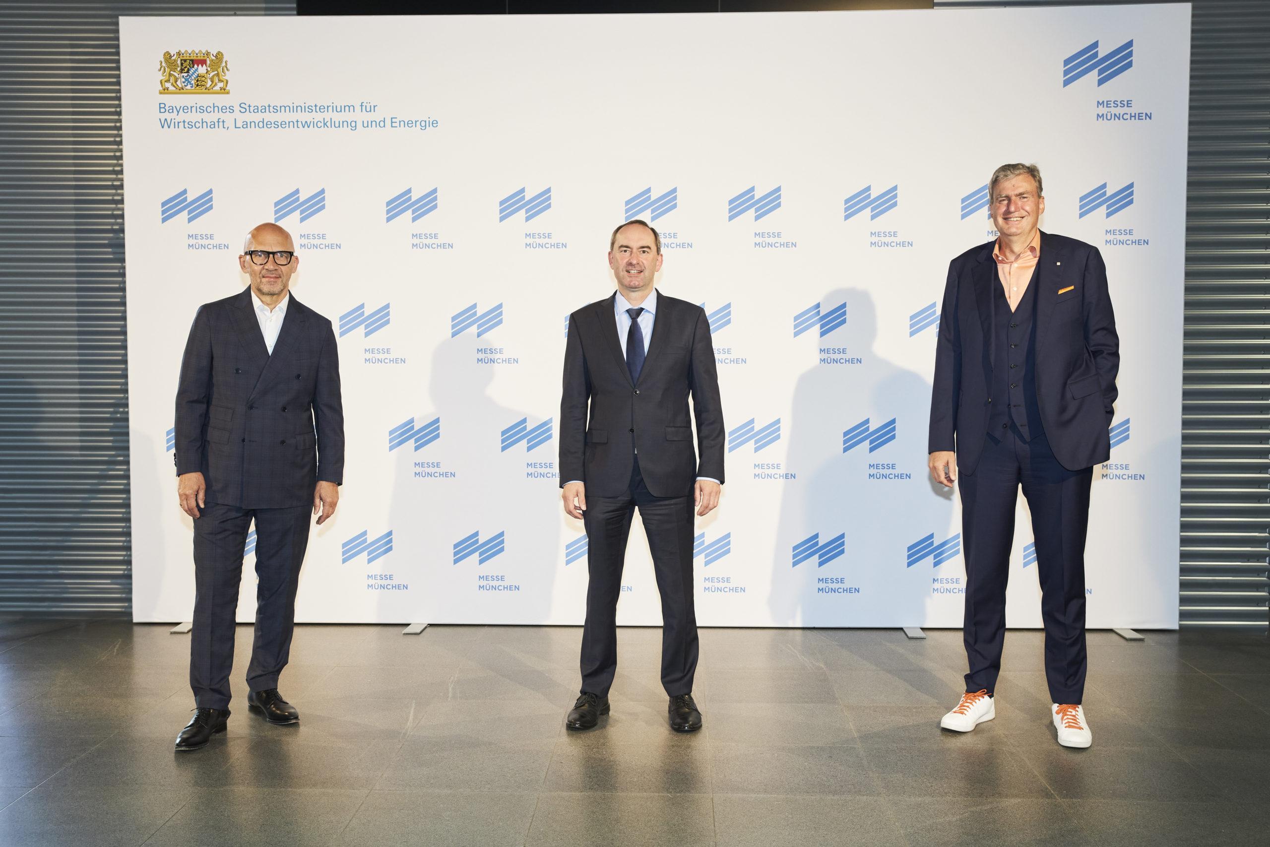 Klaus Dittrich, Hubert Aiwanger und Peter Ottmann (von links, Fotos: Messe München)