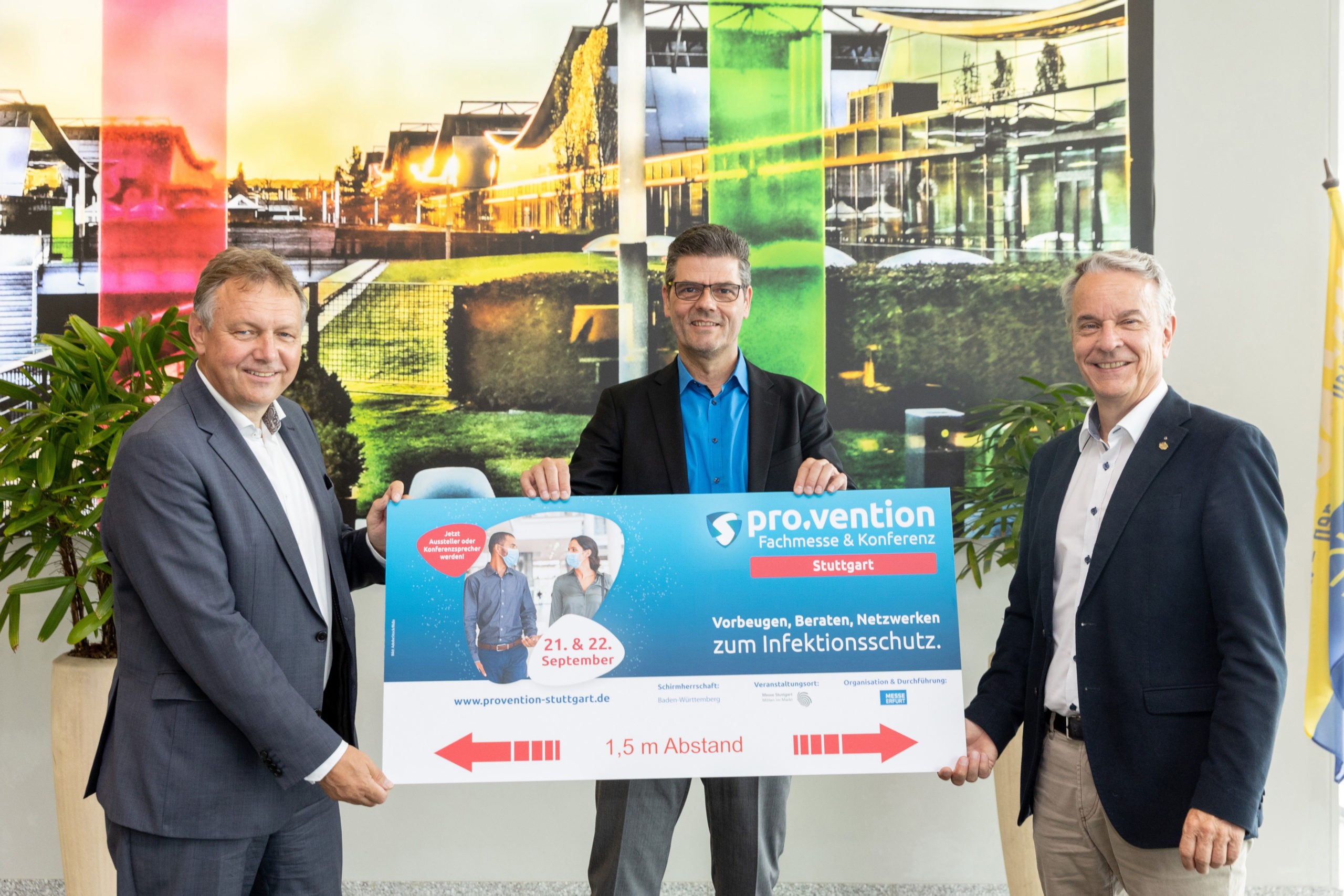 Michael Kynast, Stefan Lohnert und Roland Bleinroth (von links, Foto: Messe Stuttgart)