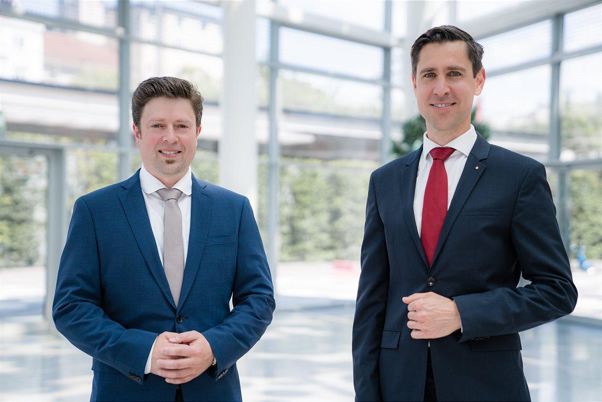 Geschäftsführer Gerald Klaushofer und Bernhard Brandl (von links, Foto: Standout)